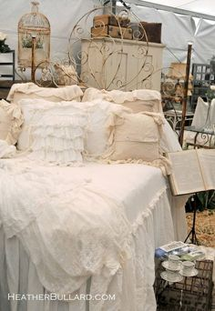 vintage bed...I love love love this