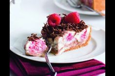 Malinový cheesecake | Apetitonline.cz Cheesecake, French Toast, Breakfast, Cheese Cakes, Cheesecakes, Morning Breakfast