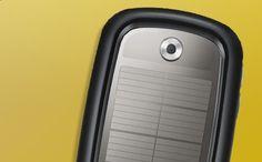 La high-tech se met à l'énergie solaire Mobiles, netbook, chargeurs et accessoires au soleil. lecollectif.orang... #solire #ecologie #smartphone