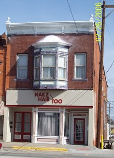 Nailz & Hair Too 210 S. Iowa Avenue Washington, IA 52353 319-653-1393 https://www.facebook.com/pages/Nailz-and-Hair-too