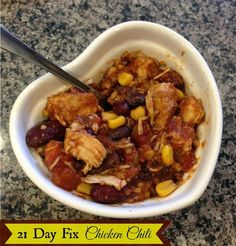 21 Day Fix Chicken Chili. Nice hearty chili for the fall and winter seasons! Totally feels like a cheat but 100% in line with the 21 Day Fix. http://www.melindabesinaiz.blogspot.com #21DayFix