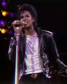 Bad World Tour 1987 - 1988 - 1989 ... It grossed a total of $125 million. (BAD)