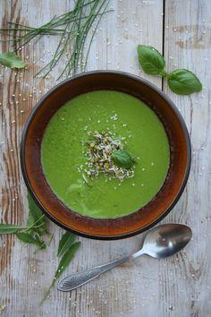 Zupa z zielonego groszku z wasabi // Green pea wasabi soup
