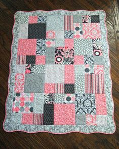 Cute Baby Quilts To Make Cute Baby Blankets To Make Quilt For Baby Girl Scalloped Border Colors Are Pink Gray And White Baby Quilt For Girls, Quilts For Babies, Quilt Baby, Baby Quilts To Make, Baby Quilt Patterns, Girls Quilts, Rag Quilt, Baby Girl Quilts, Baby Girls