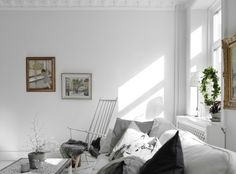 Decor & details at Kungshöjd in Gothenburg | Photo by Anders Bergstedt for Entrance Fastighetsmäkleri | via Style and Create
