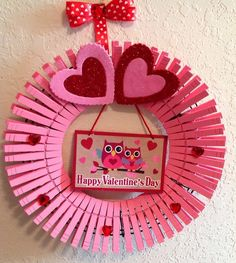 Nayeli's Crafts The Creative Spot: DIY Valentines Clothespin Wreath