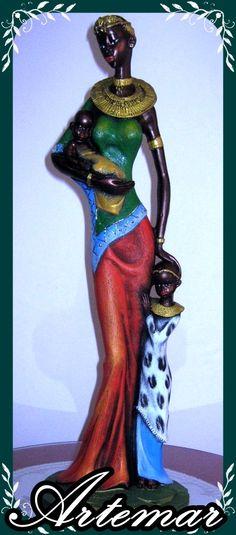 Mamá Masai. figura decorativa en yeso