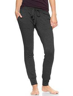 Pure Body pocket pants . . . i just pinned sweat pants . . oi