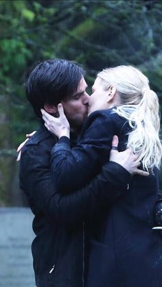 ❤️❤️❤️hook's back from the dead! Thank you Zeus!