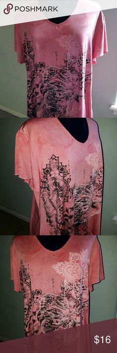 Shannon Ford Shark bite top Size 3X This is an awesome top from Shannon Ford. The color is a gorgeous salmon. It has a pretty vintage floral design with rhinestone accents. Flutter sleeves and a flattering V-neck finish this great top that can be worn for dress up or casual occasions.  A comfortable 95% Polyester 5% Spandex. I lost weight and sadly this doesn't fit me anymore. You will love this top! Excellent used condition.   Smoke free home but we do have pets. Shannon Ford Tops Tees…
