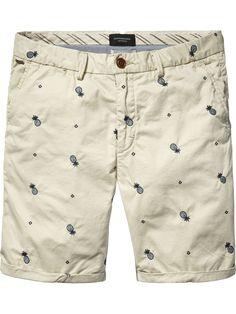 Embroidered Chino Shorts |Short pants|Men Clothing at Scotch & Soda