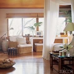 seagrass-sunroom arrangement