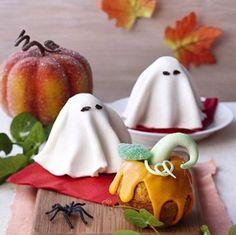 Cute little ghost desserts!!