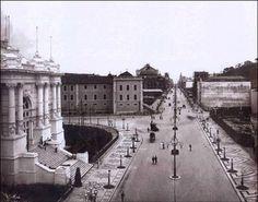 Avenida Central – 1906 (depois chamada Av. Rio Branco). À esquerda o Palácio Monroe (demolido em 1975.)