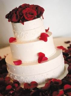 Yes, love any cake with red rose petals