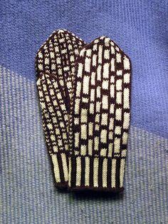 Ravelry: Mondrian Mittens pattern by Elisabeth Sliney Marino