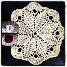 Crochet Pattern Central Doilies : 1000+ images about Made by Me (pattern central) on ...