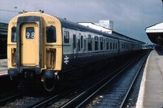 rout 98 i think is engineering diversion Miscellaneous Western Section special workings (ECS workings) Electric Locomotive, Diesel Locomotive, Uk Rail, Train Posters, Buses And Trains, Southern Railways, Bonde, Train Pictures, Electric Train