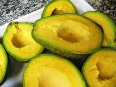 Avocado - 10 Superfoods ALL Vegans should consume! Article by Butterflies Katz: http://vivalavegan.net/community/articles/154-10-superfoods-all-vegans-should-consume.html