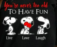 Discover recipes, home ideas, style inspiration and other ideas to try. Snoopy Cartoon, Peanuts Cartoon, Peanuts Snoopy, Snoopy Images, Snoopy Pictures, Snoopy Love, Snoopy And Woodstock, Mickey Mouse, Snoopy Quotes