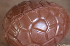 How to Make Chocolate Egg by 1 Fine Cookie,  Large Egg Chocolate Mold, Game of Thrones, HBO, recipe, tutorial, how to make, chocolate, dragon, egg, easter, khaleesi, tv, telivision, pop culture, reference, ideas, scale, edible, giant, diy, craft, feast of fire and ice, cookbook, food, dessert, candy, chocolate, mold, egg, chocoley, instructions,