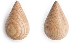 2 Patères en bois naturelles S Dropit - Normann Copenhagen - The Cool Republic The Cool Republic, Muuto, Decoration, Copenhagen, Exterior, Drop, Clothes Racks, Wooden Crochet Hooks, Paper Vase