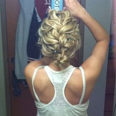 Love Prom hairstyles for short hair? wanna give your hair a new look ? Prom hairstyles for short hair is a good choice for you. Here you will find some super sexy Prom hairstyles for short hair, Find the best one for you, (messy braid short hair) My Hairstyle, Pretty Hairstyles, Bun Hairstyles, Hairstyle Ideas, Prom Hairstyles For Short Hair, Updos For Fine Hair, Party Hairstyle, French Braid Hairstyles, Romantic Hairstyles