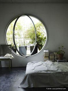 ¿Qué os parece este ventanal redondo? De cuento, ¿no?