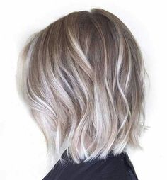 Pretty Everyday Hairstyles for Short Hair - Balayage Bob. Are you looking for hair color blonde balayage and brown for fall winter and summer? See our collection full of hair color blonde balayage and brown and get inspired! Ash Blonde Bob, Blonde Balayage Bob, Hair Color Balayage, Short Balayage, Balayage Highlights, Blonde Color, Dark Brunette, Blonde Streaks, Brunette Hair