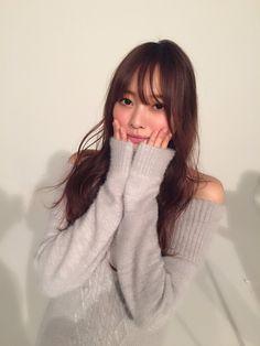 日々是遊楽 — sakamichipost46: 「アップトゥボーイ」「UTB+」編集部@wani_UTB... Asian Woman, Asian Girl, Girls Image, Cute Girls, Idol, Turtle Neck, Kawaii, Lady, Sweaters