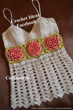 Blusa em Crochet com flores - Claudineia Antunes