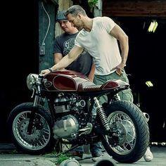 Triumph Thruxton by Kott Motorcycles for Ryan Reynolds