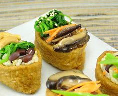 Vegetarian Inari Sushi I made some inari sushi for demonstration at the Vegetarian Sushi Class last night. This is the first basic sushi class for vegetarians after more than 900 participants had a…