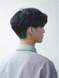 Korean Haircut Men, Korean Men Hairstyle, Asian Haircut, Korean Hairstyles, Two Block Haircut, Gents Hair Style, Hair Cutting Techniques, Androgynous Hair, Medium Hair Styles