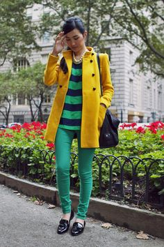 Color love from Gary Pepper Vintage Mode Streetwear, Streetwear Fashion, See By Chloe Bags, Gary Pepper Girl, Sunday Clothes, Fall Outfits, Fashion Outfits, Fashion Ideas, Yellow Coat