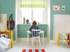 """Älskar väggfärgen! Och att """"Vikare""""-sängen målats gul."""