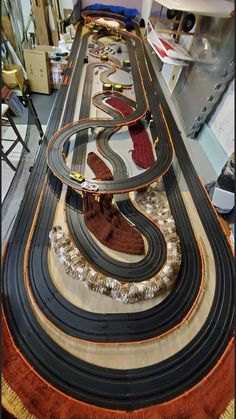 Slot Car Racing Sets, Slot Car Race Track, Race Tracks, Slot Car Tracks, Tyco Slot Cars, Carrera Slot Cars, Kart Parts, Rc Cars And Trucks, Model Train Layouts