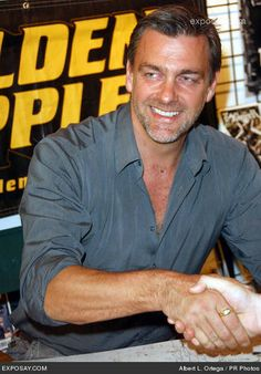 Photo of autograph signing for fans of Ray Stevenson. Absolutely Gorgeous, Beautiful Men, Rome Tv Series, Ray Stevenson, Northern Irish, Imaginary Boyfriend, Young Actors, Famous Men, Divergent