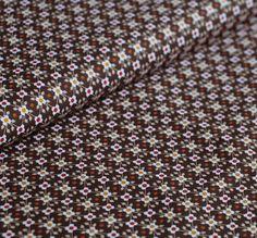 Kleurenset: Retro Rusty Brown  Kleuren:  Donker bruin Licht bruin Oker Roestbruin Wit  Het bloempje heeft een hoogte van 0,6 cm  Materiaal: 100% gekamde katoen met een zacht en soepel gevoel.  Gewicht: 110 gram / light weight  Stofbreedte: 145cm  Vlot strijkbaar - machinewasbaar op 30° - mag in de droogkast  Kleurvast en minimale krimp. Oeko-Tex gecertifiëerd.  Tip: voor het vernaaien/verwerken, kan je je stof best altijd even voorwassen. Let op: De kleuren op je beeldscherm kunnen afwijken…