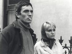 Carol White (Cathy Come Home) stars in Ken Loach's debut film, as a working-class single mother living in the London slums. 60s Films, Terence Stamp, White Toms, British Actresses, British Actors, Film Studio, How To Be Likeable, Great Women, Back In The Day
