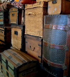 Vintage suitcases at Ellis Island......I have my Grandpa's trunk from this time