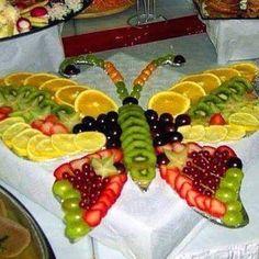 Food Design, Deco Fruit, Fruit Creations, Food Carving, Fruit Arrangements, Veggie Tray, Vegetable Trays, Vegetable Snacks, Veggie Food