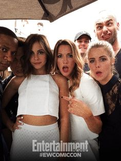 Colton Haynes, David Ramsey, Emily Bett Rickards, Willa Holland, Paul Blackthorne, Stephen Amell and Katie Cassidy #SDCC