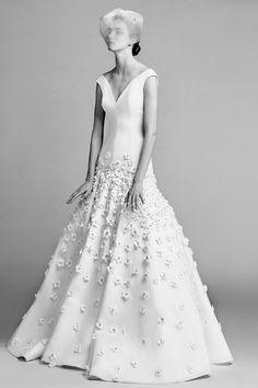 Viktor And Rolf Fall 2017 Collection New York Bridal Market October 2016 (BridesMagazine.co.uk)