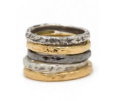 example of ring, color, texture<3 in gold