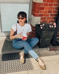 parisian chic on a budget — fikus Parisian Style Insp Parisian Summer, French Summer, Parisian Chic Style, Paris Chic, Minimalist Fashion French, French Fashion, Fashion Top, Fashion Edgy, Minimalist Style