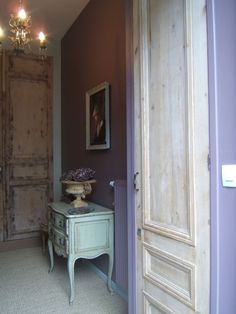DSCF3061 Stain Colors, Interior, Painted Furniture, Gustavian, Gustavian Style, Nordic Interior, French Nordic, Home Decor, French Rococo