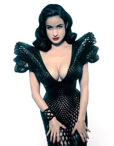 New York designer Michael Schmidt and architect Francis Bitonti have created a 3D-printed dress for burlesque dancer Dita Von Teese.