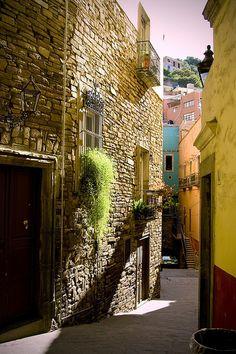 Callejon at Guanajuato by Tarzan!!!, via Flickr
