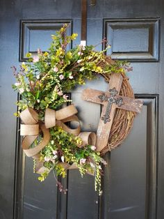 """""""He is Risen"""" Spring/Easter wreath made by Dorene"""
